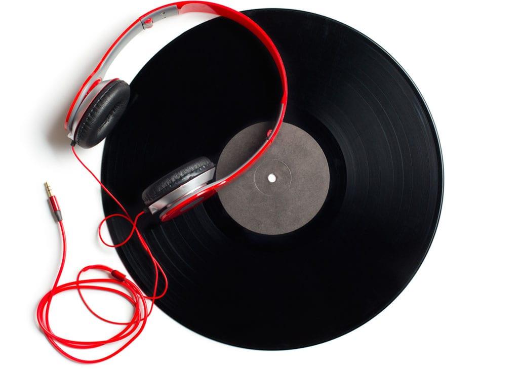 headphones 00
