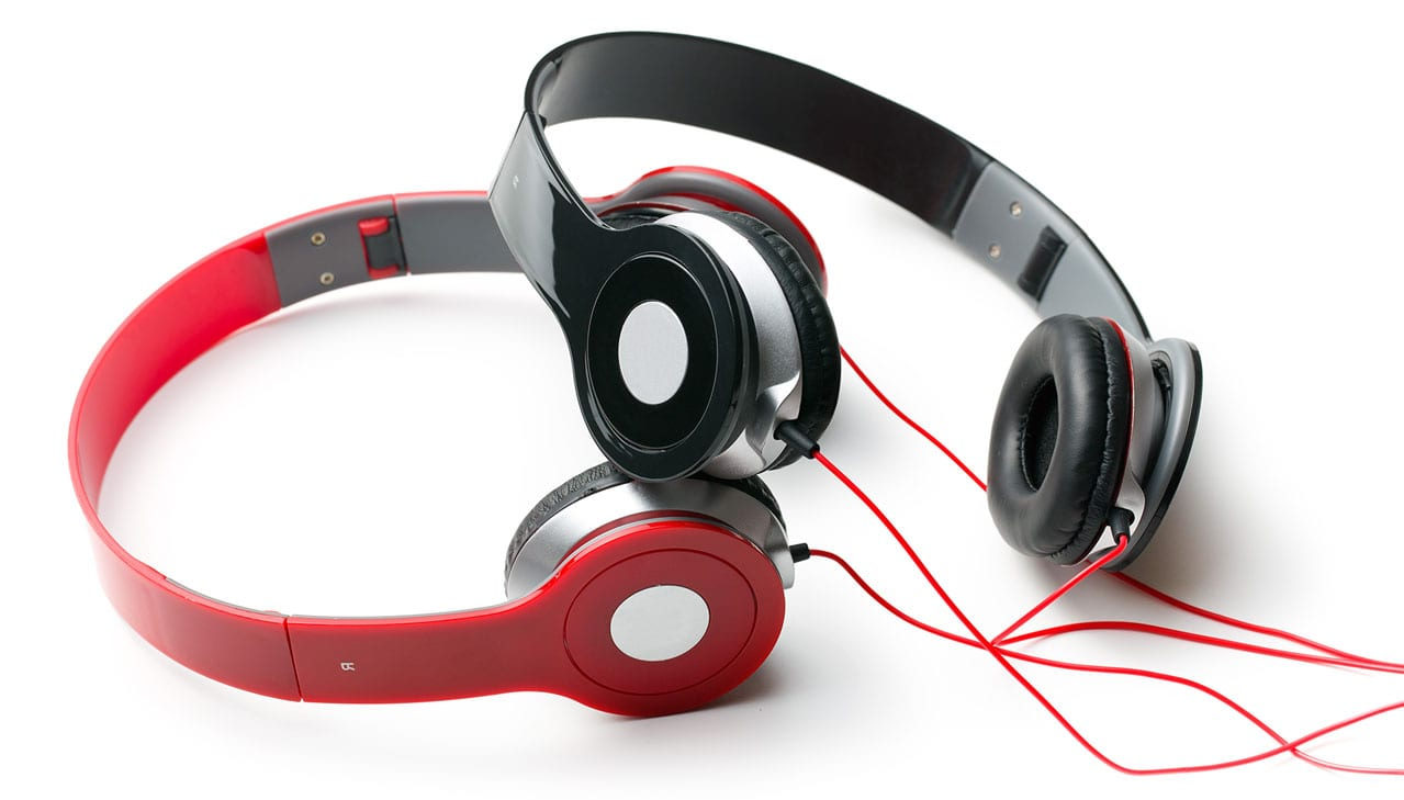 headphones 04 1